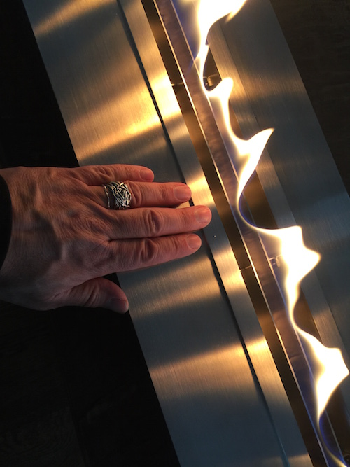 Hand on aFire BL100 Ethanol burner